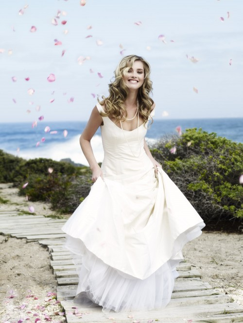 Confetti beach advertorial pic